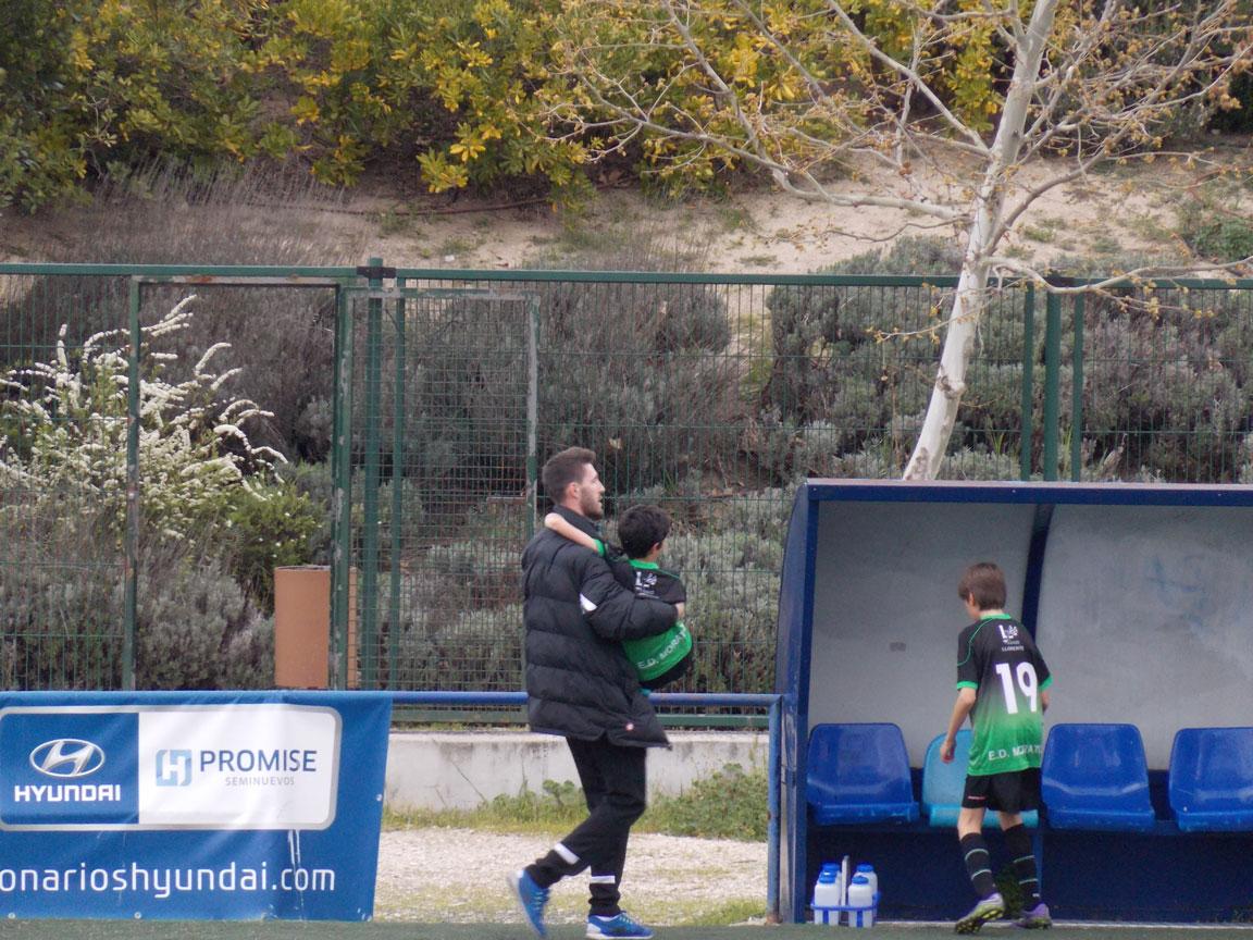 Crónica y fotos de partido de liga EDM Alevín B 0 – 2 CD Palestra Atenea B
