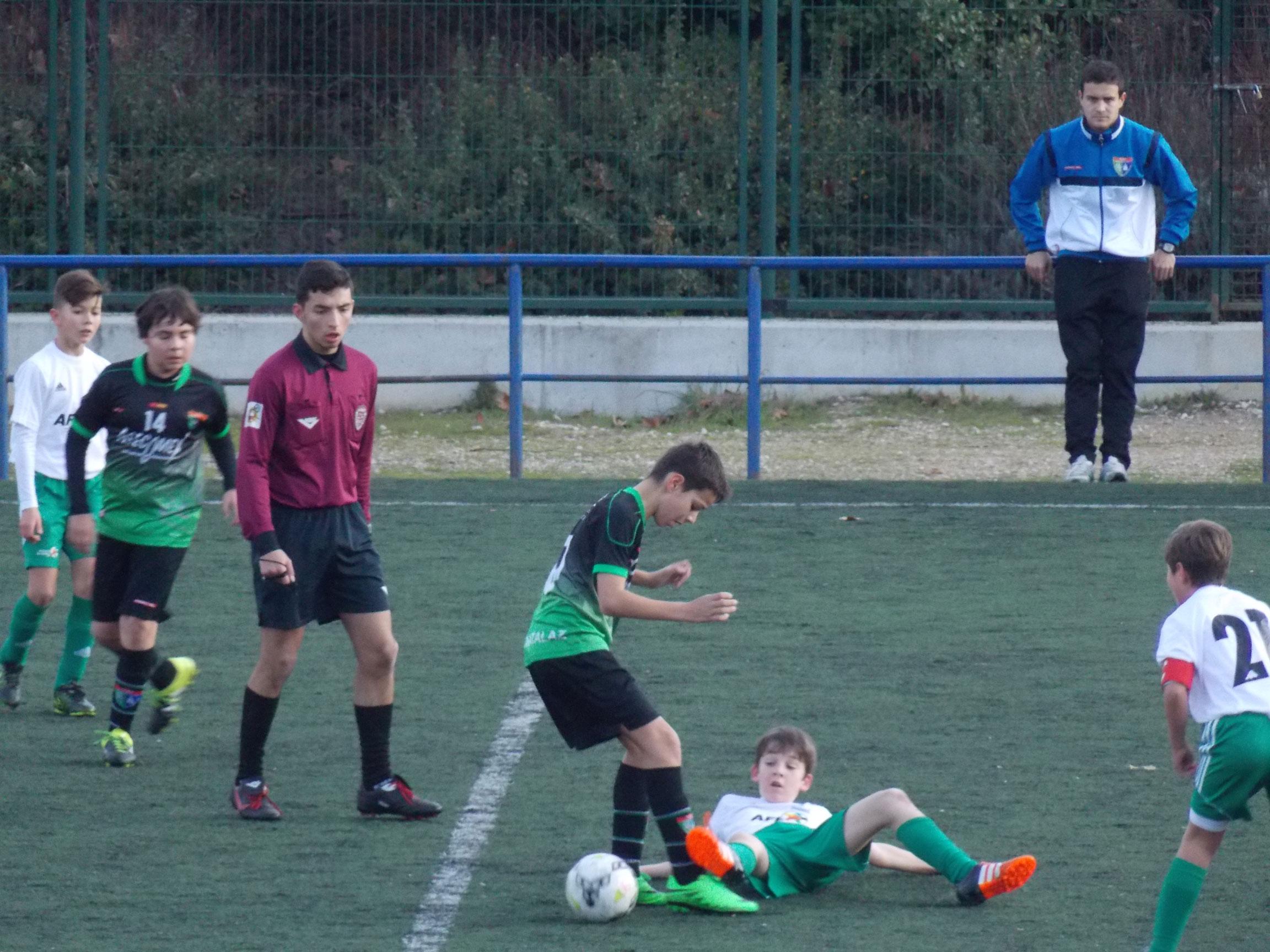 Crónica y fotos del partido de liga EDM Alevín B 1 – 1 EF AFE B