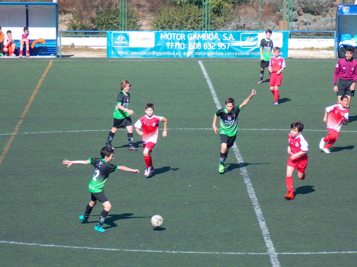 Crónica y fotos del partido de liga EDM Alevín B 2 – 0 EF Vicálvaro