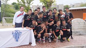 El equipo celebra el triunfo