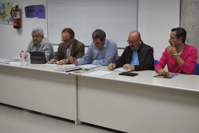 La junta directiva en la Asamblea de socios