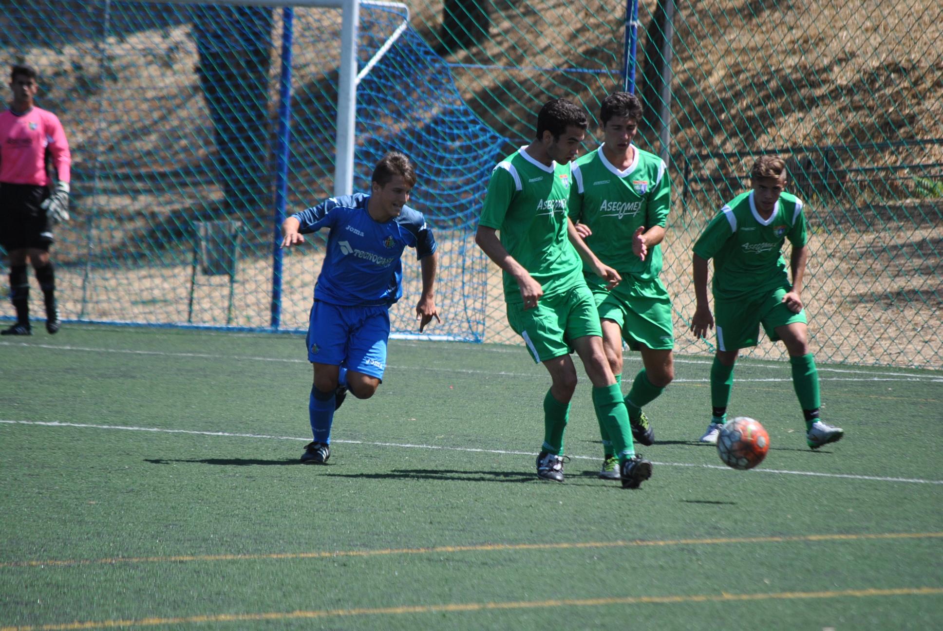 El Juvenil A sufre una exagerada derrota ante el Getafe B en la primera jornada del torneo Madrid Youth Cup 2015