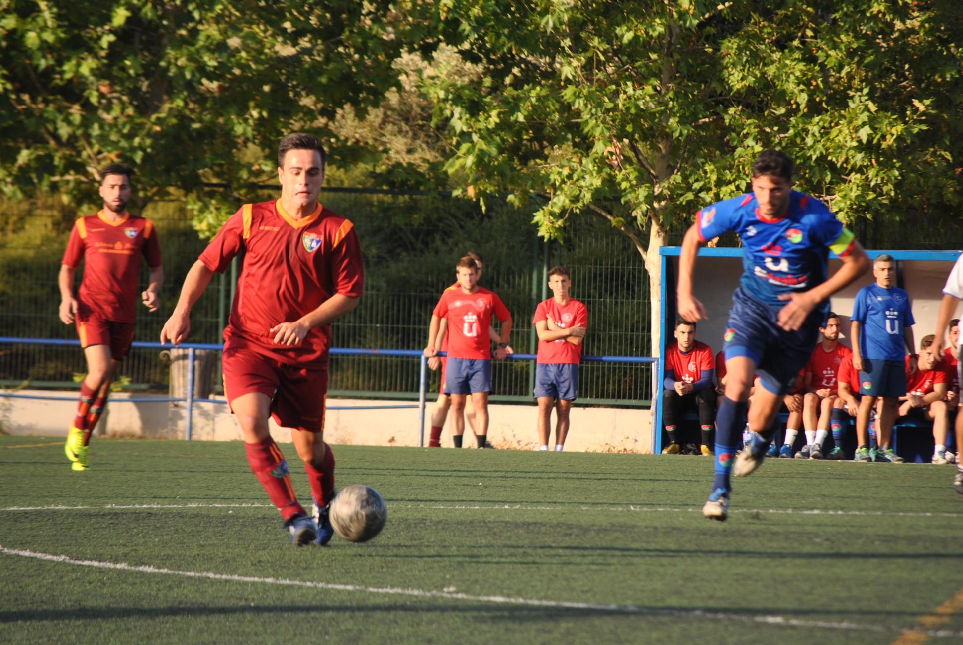 La solidez defensiva facilita la victoria del Aficionado B ante el Móstoles URJC
