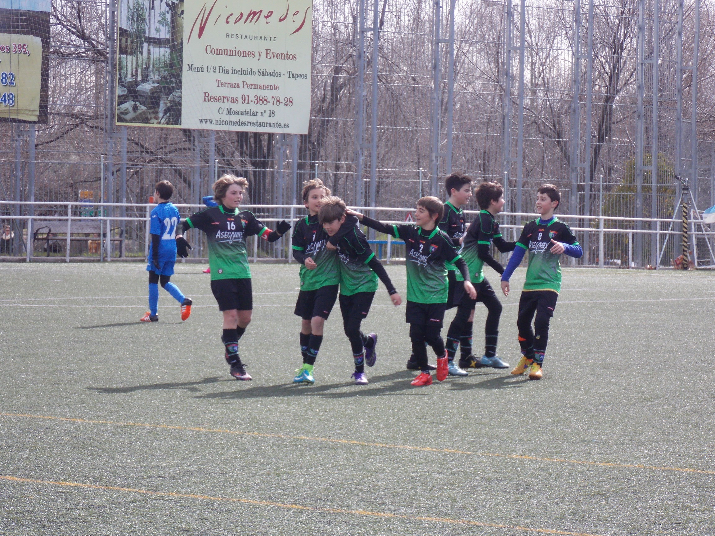 Crónica y fotos del partido de liga AD Villa Rosa B 0 – 3 EDM Alevín B
