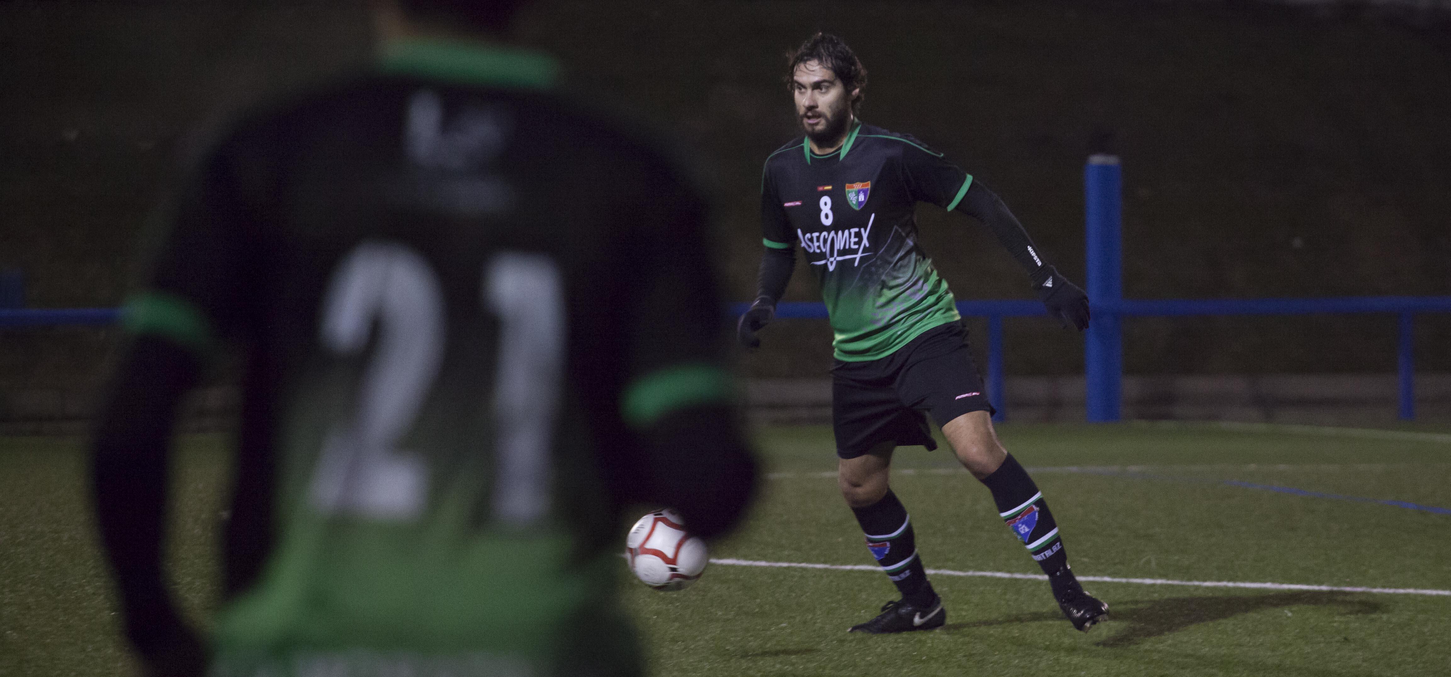 Fotos del partido Primer Equipo 0-1 CD Móstoles URJC B