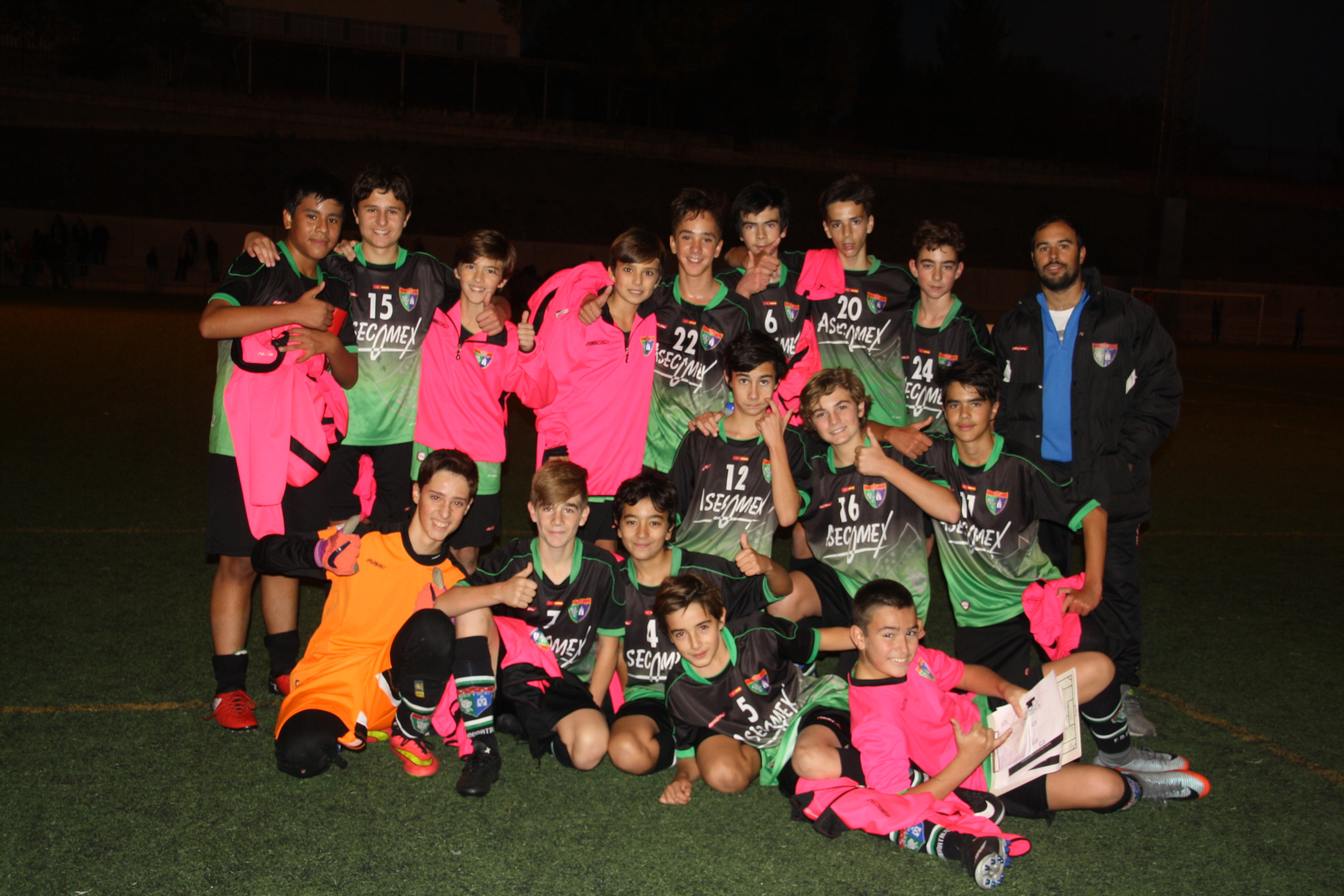 Fotos del partido Juventud Madrid 1-2 Infantil B