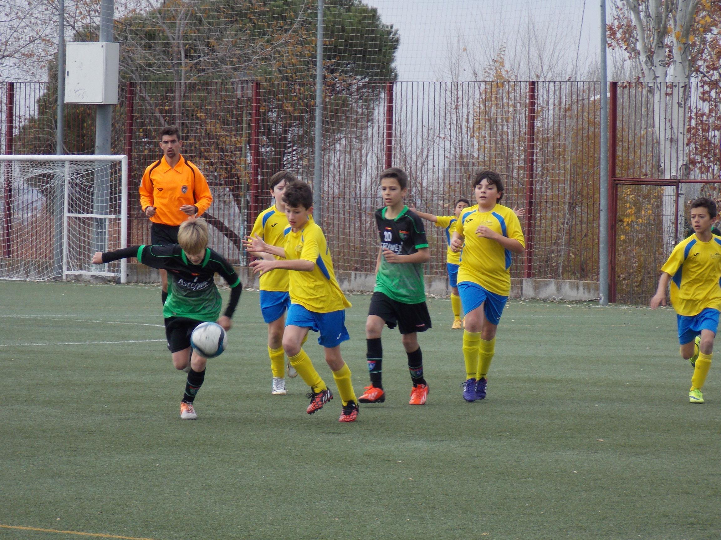 Crónica y fotos del partido de liga Palestra Atenea B 2 – 1 EDM Alevín B