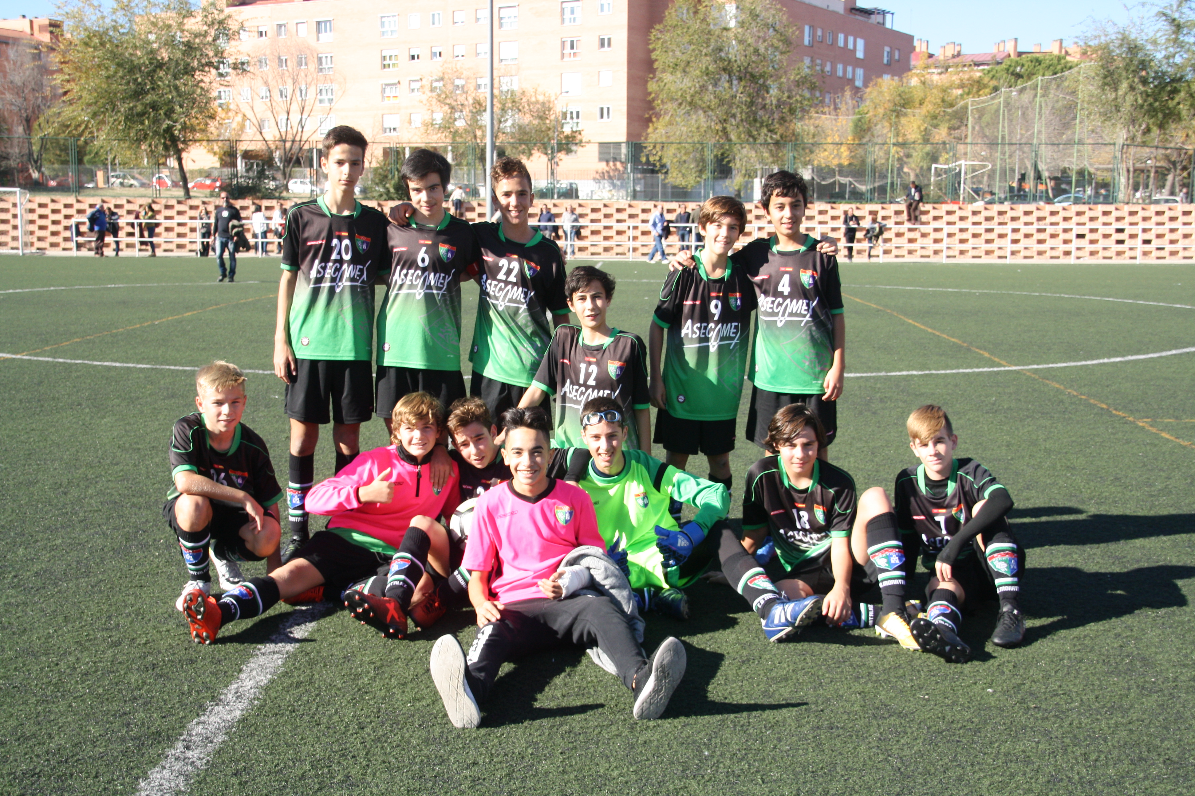 Fotos del partido Infantil B 4-1 Santa María del Pilar