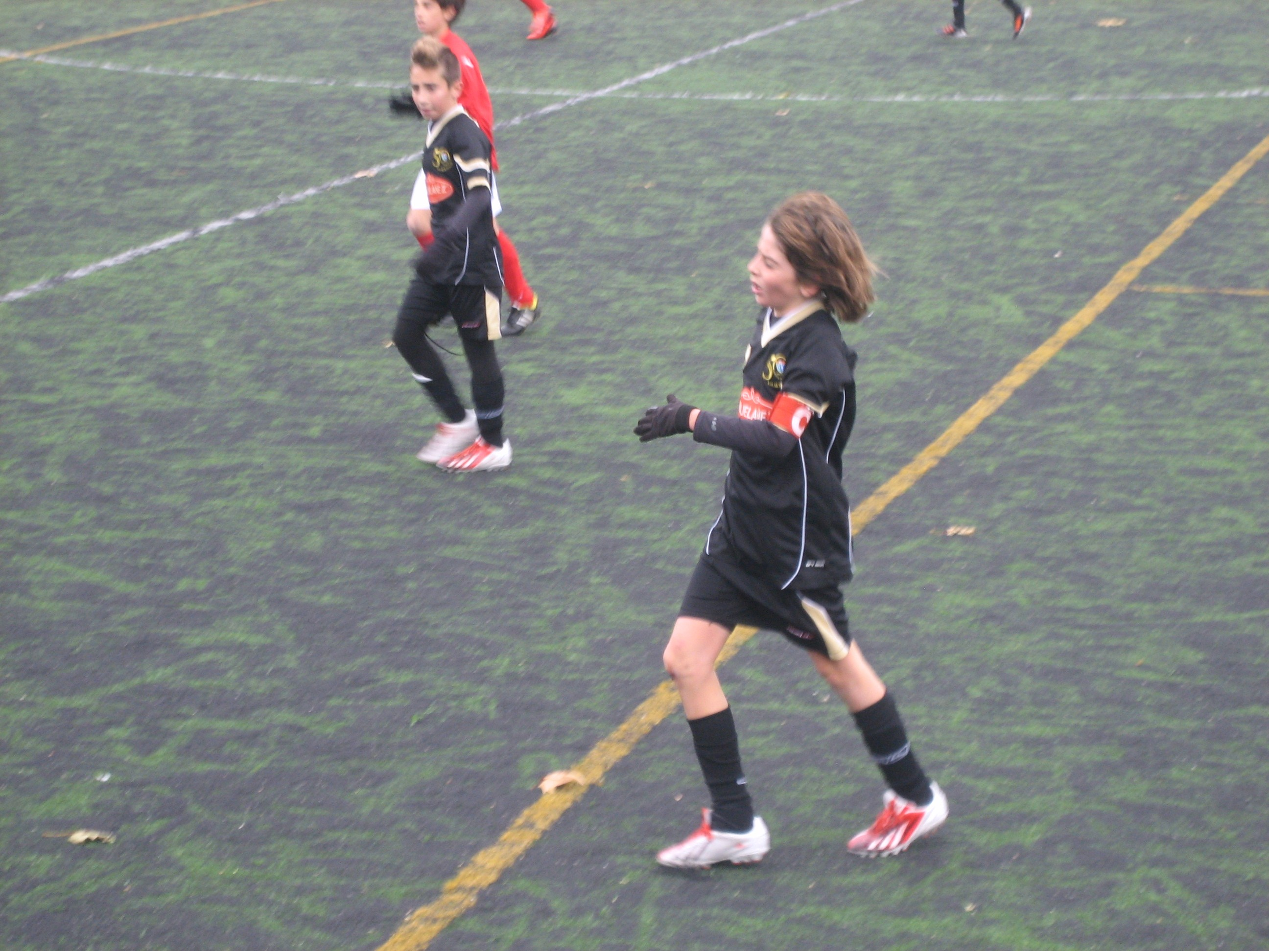 Fotos del partido de liga CD Móstoles URJC B 4 – 1 EDM Alevín A