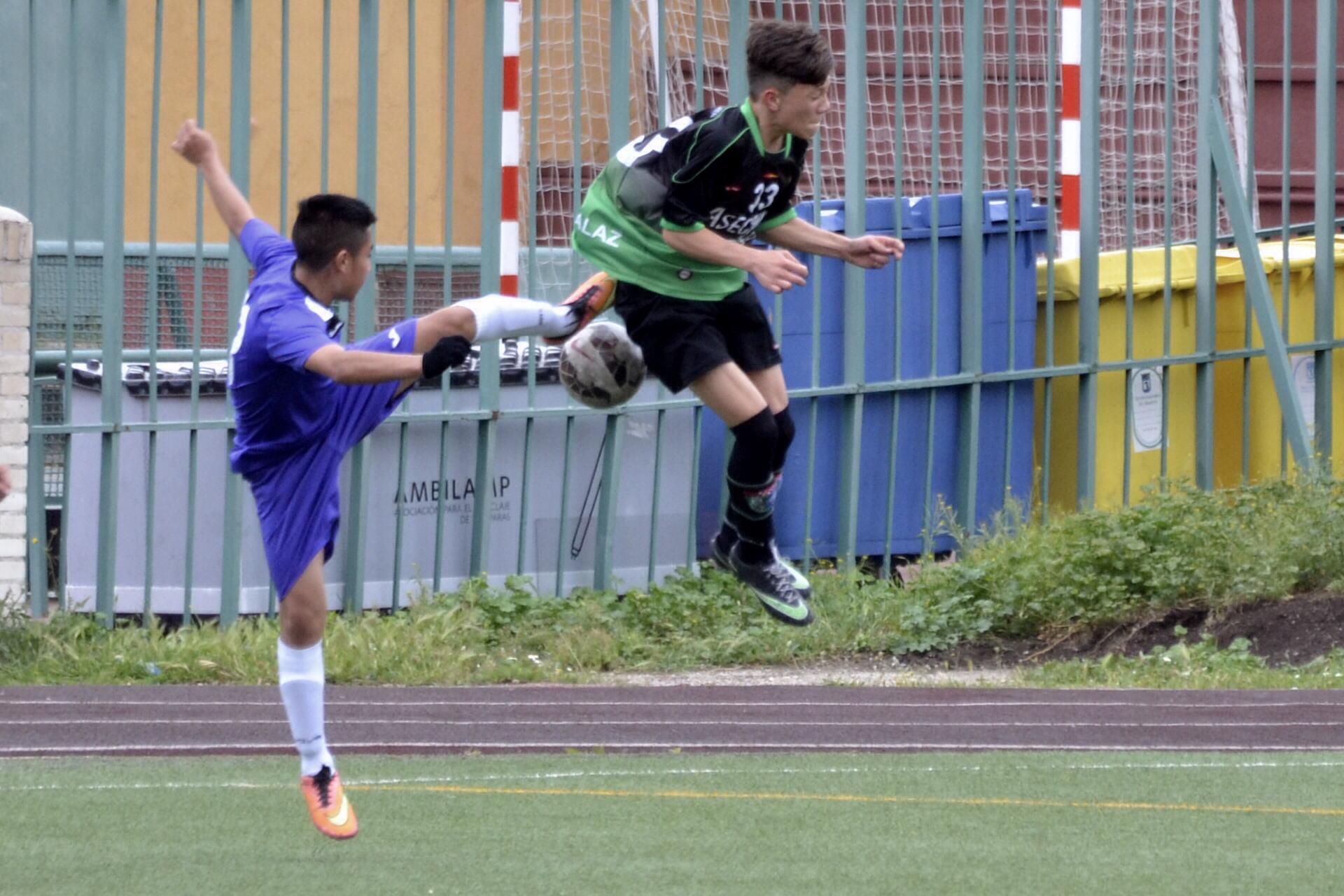 Crónica y fotos del partido de liga EF Concepción B 0 – 2 EDM Cadete C