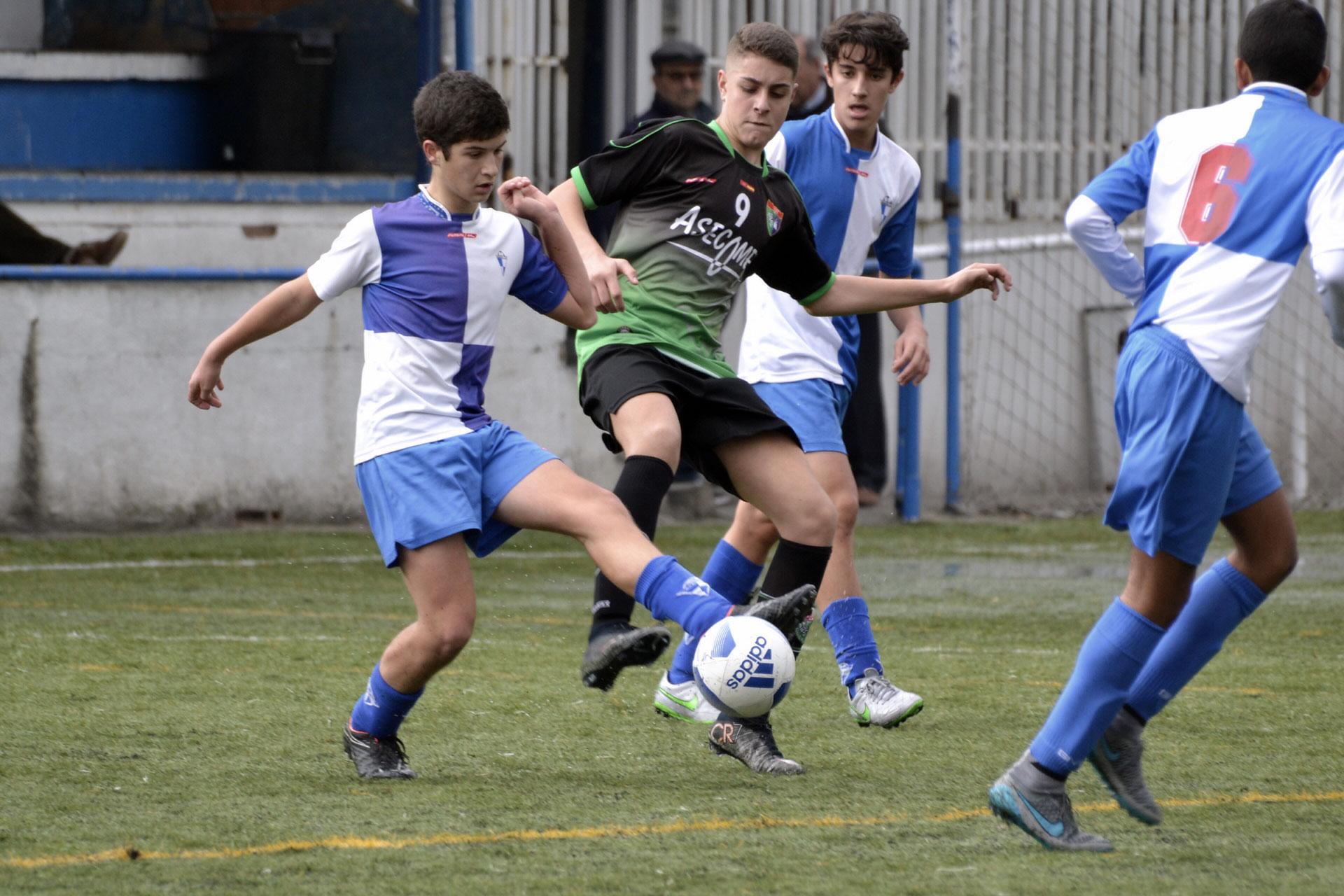 Crónica y fotos del partido de liga Aravaca C 3 – 1 EDM Cadete C