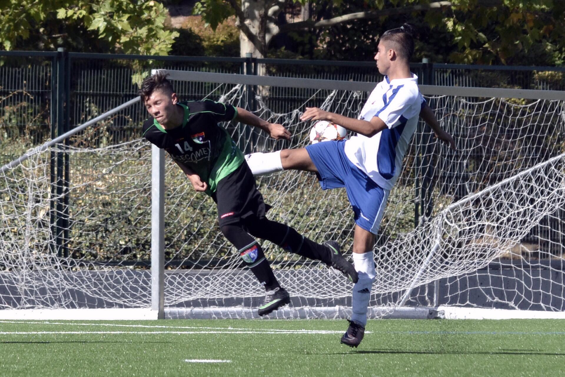 Crónica y fotos del partido EDM Juvenil D 4 – 0 CD Sporting Valdebernardo A
