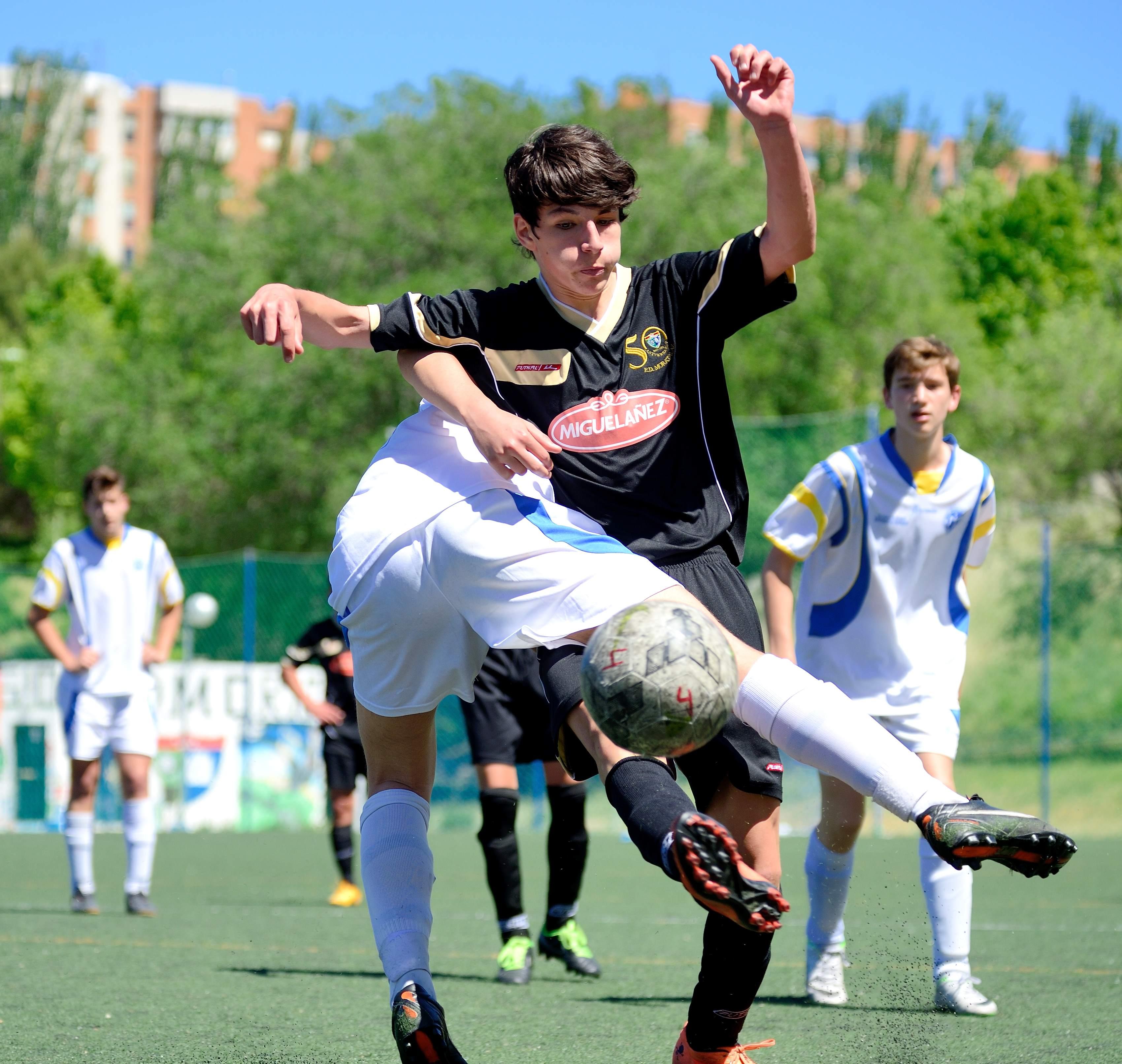 Fotos del EDM Cadete B 2 – 0 Juventud Madrid A
