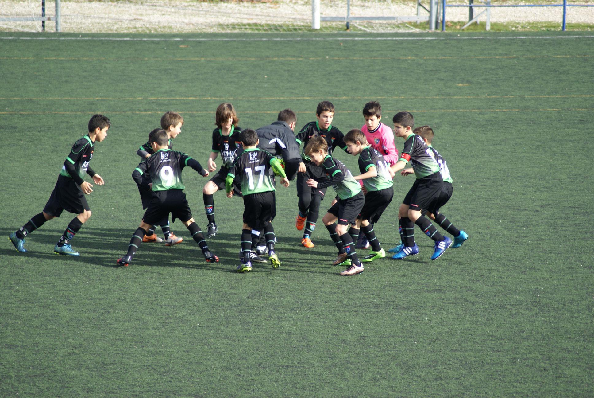 Fotos del partido de liga EDM Alevín A 2 – 0 Villaverde Bajo A