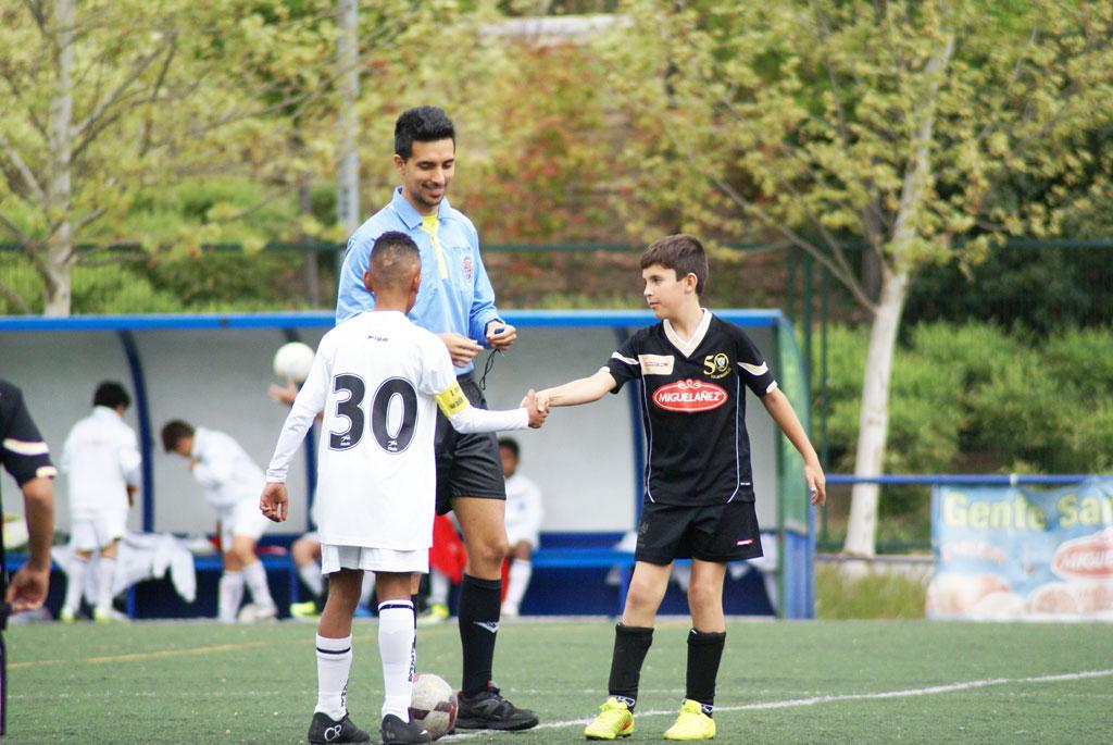 Crónica y fotos del partido de liga adelantado EDM Alevín C 0 – 2 EDM San Blas C