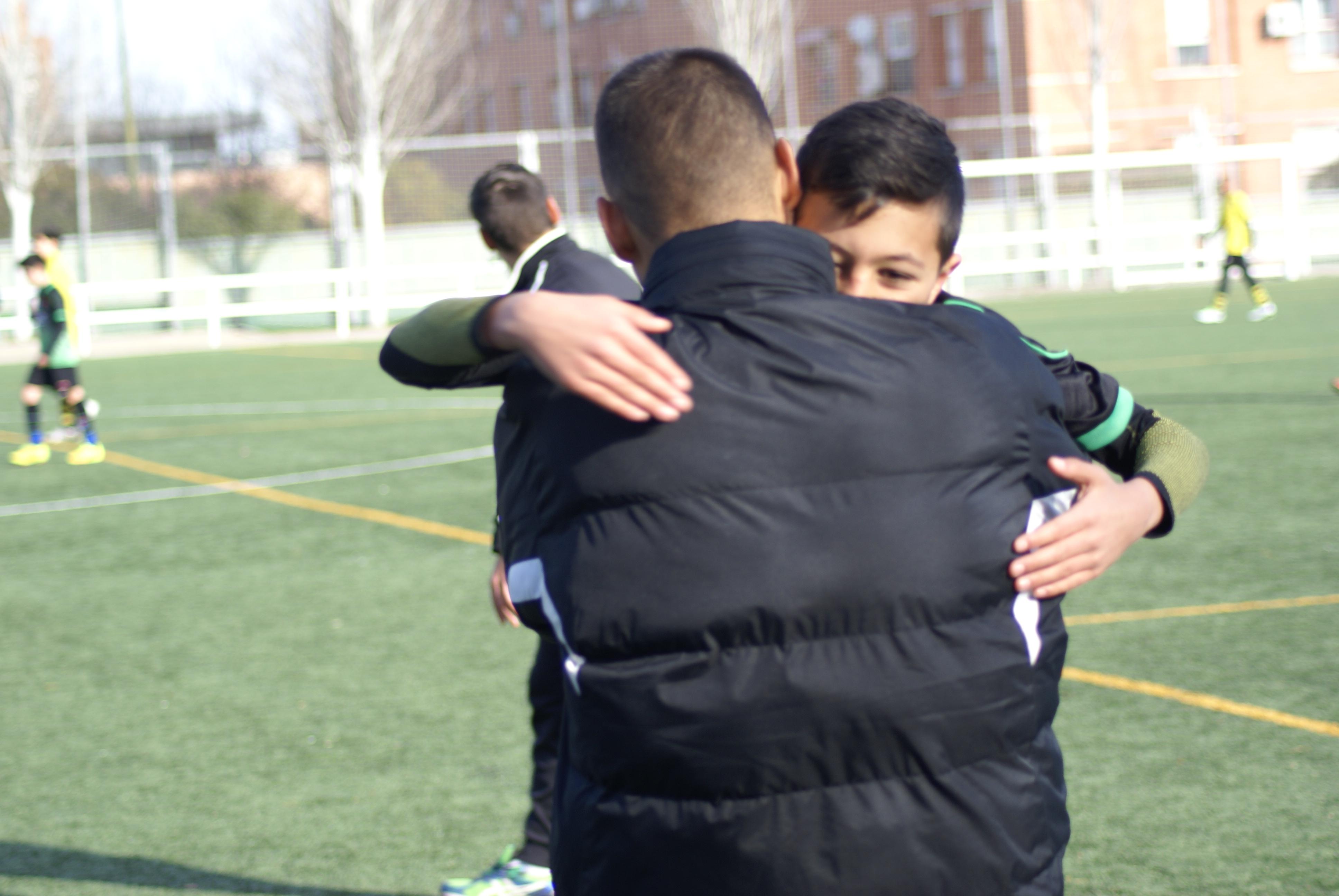 Fotos del partido AD Villaverde Bajo B 0-1 Infantil C