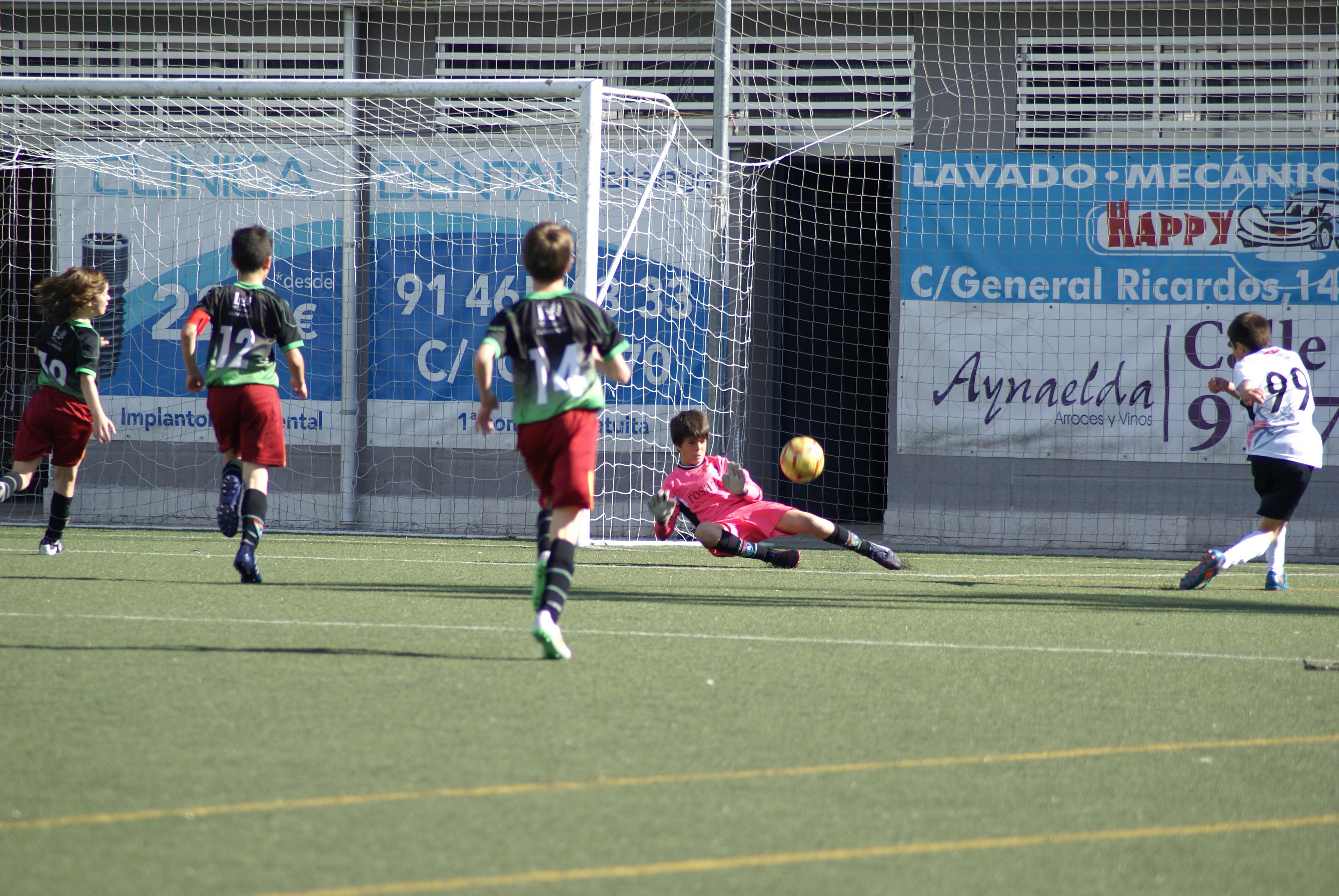 Fotos del partido de liga Carabanchel A 1 – 1 EDM Alevín A