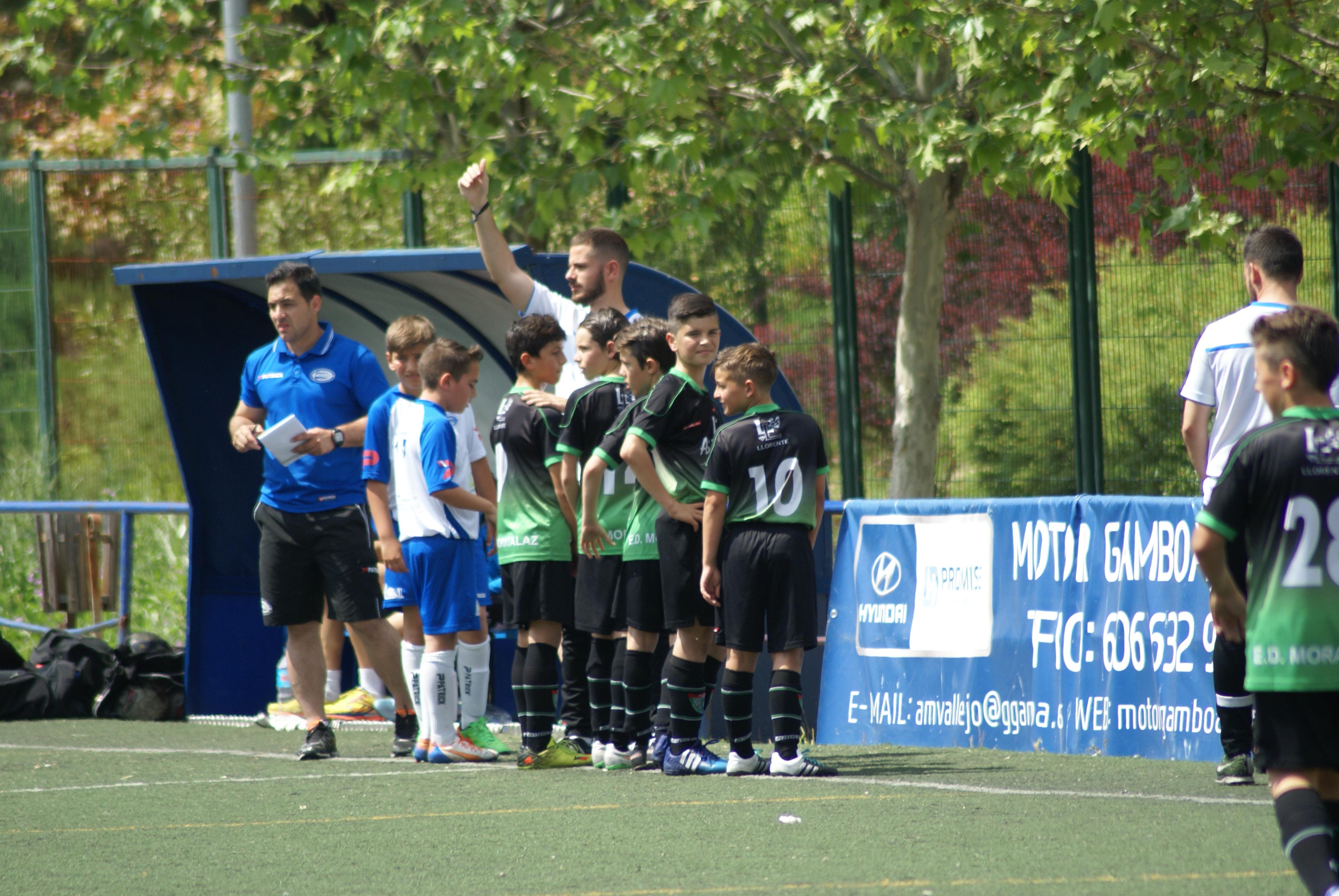 Fotos del partido de liga EDM Alevín A 3 – 1 UD La Poveda A