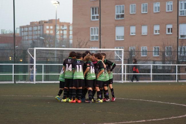 Crónica y fotos del partido de liga EDM Alevín B 4 - 0 Canillas D