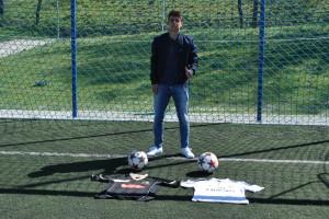Albreto Lozano, jugador del Real Madrid C, comenzó en la EDM.