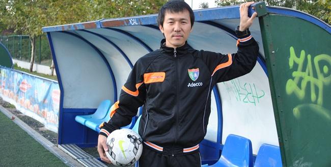 """Donghoon Oh: """"Las normas que se imponen en esta Escuela no impiden la creatividad del entrenador"""""""