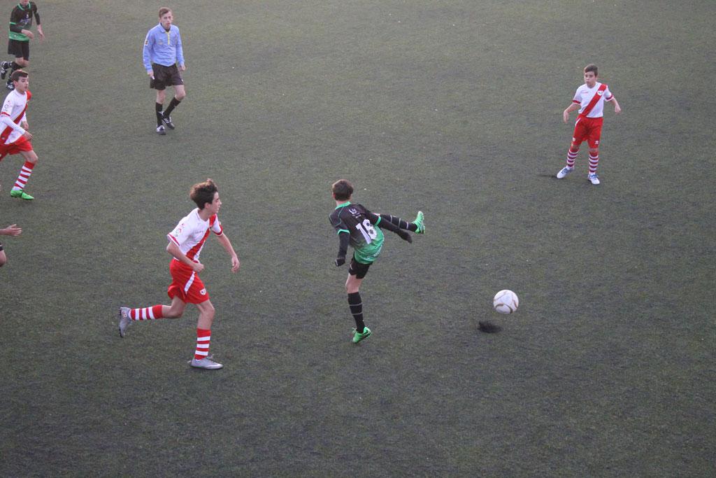 Fotos del partido de liga Fundación Rayo Vallecano A 0 – 1 EDM Infantil A