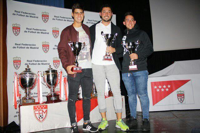 La EDM recibió las Copas de Campeones de Infantil C, Infantil B y Cadete B de la temporada pasada