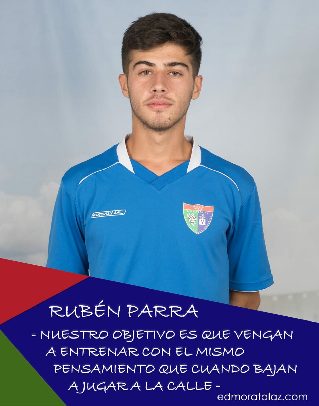Rubén Parra: «Nuestro objetivo es que vengan a entrenar con el mismo pensamiento que cuando bajan a jugar a la calle»