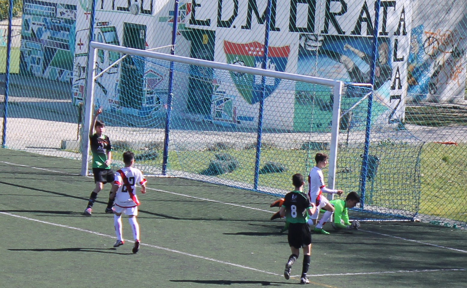 Fotos del partido de liga EDM Infantil a 0 – 4 Fundación Rayo Vallecano A