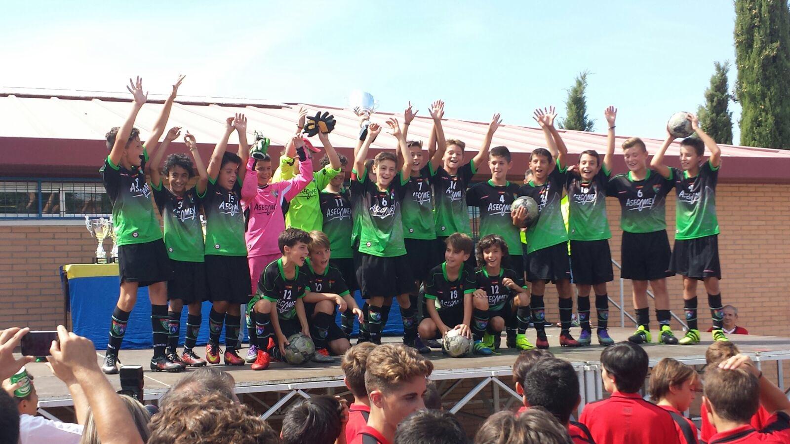 Cuatro equipos de la EDM disputaron el Torneo Juanito organizado por el CDE Lugo Fuenlabrada
