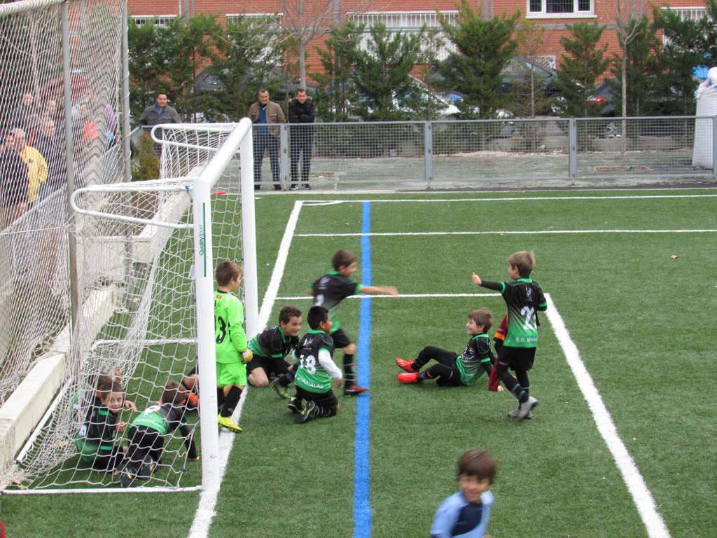Crónica y fotos del partido de liga Concepción D 1 – 2 EDM Benjamín E