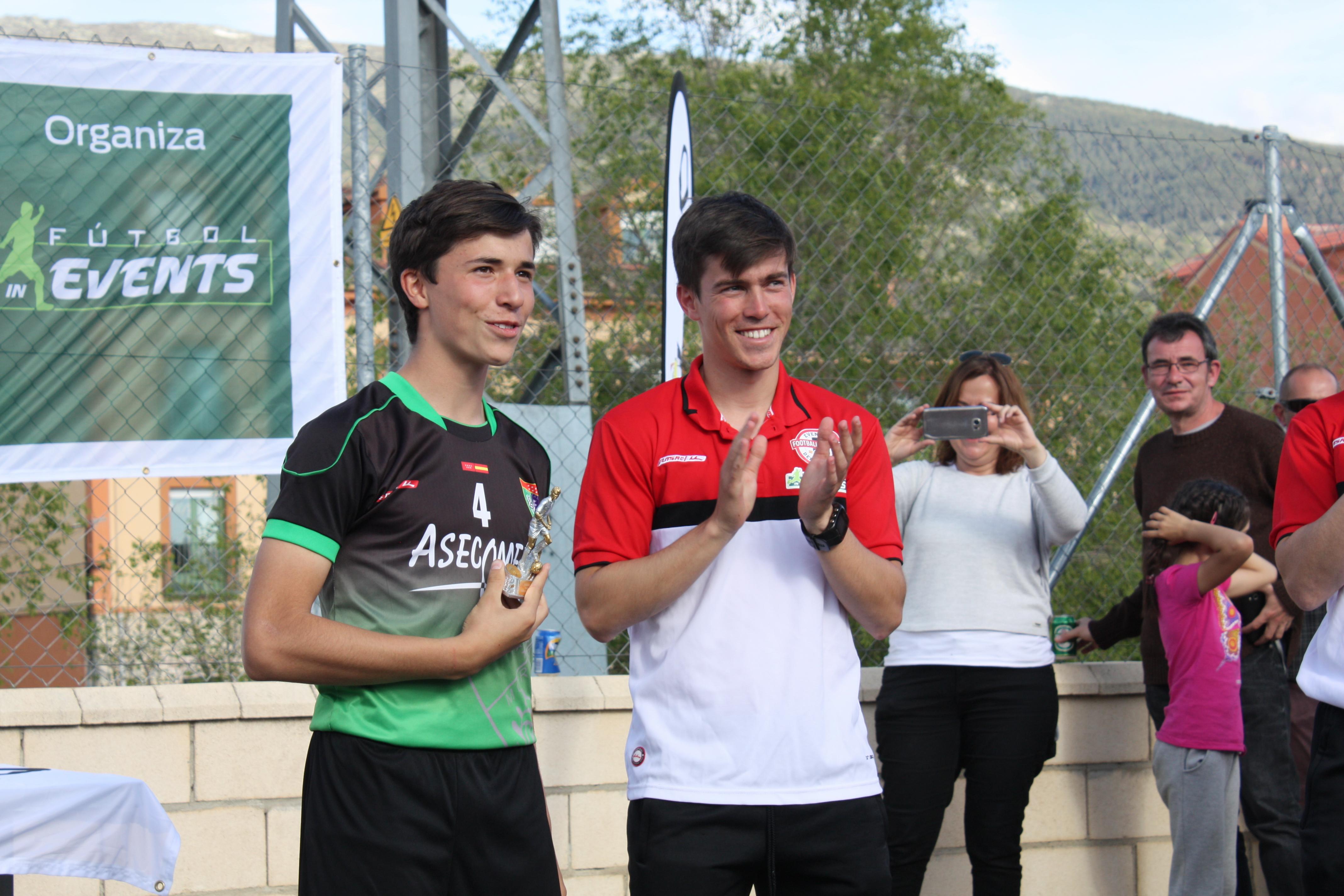 """Diego Pascual, mejor jugador """"Infantil"""" de la Real Sitio Cup"""