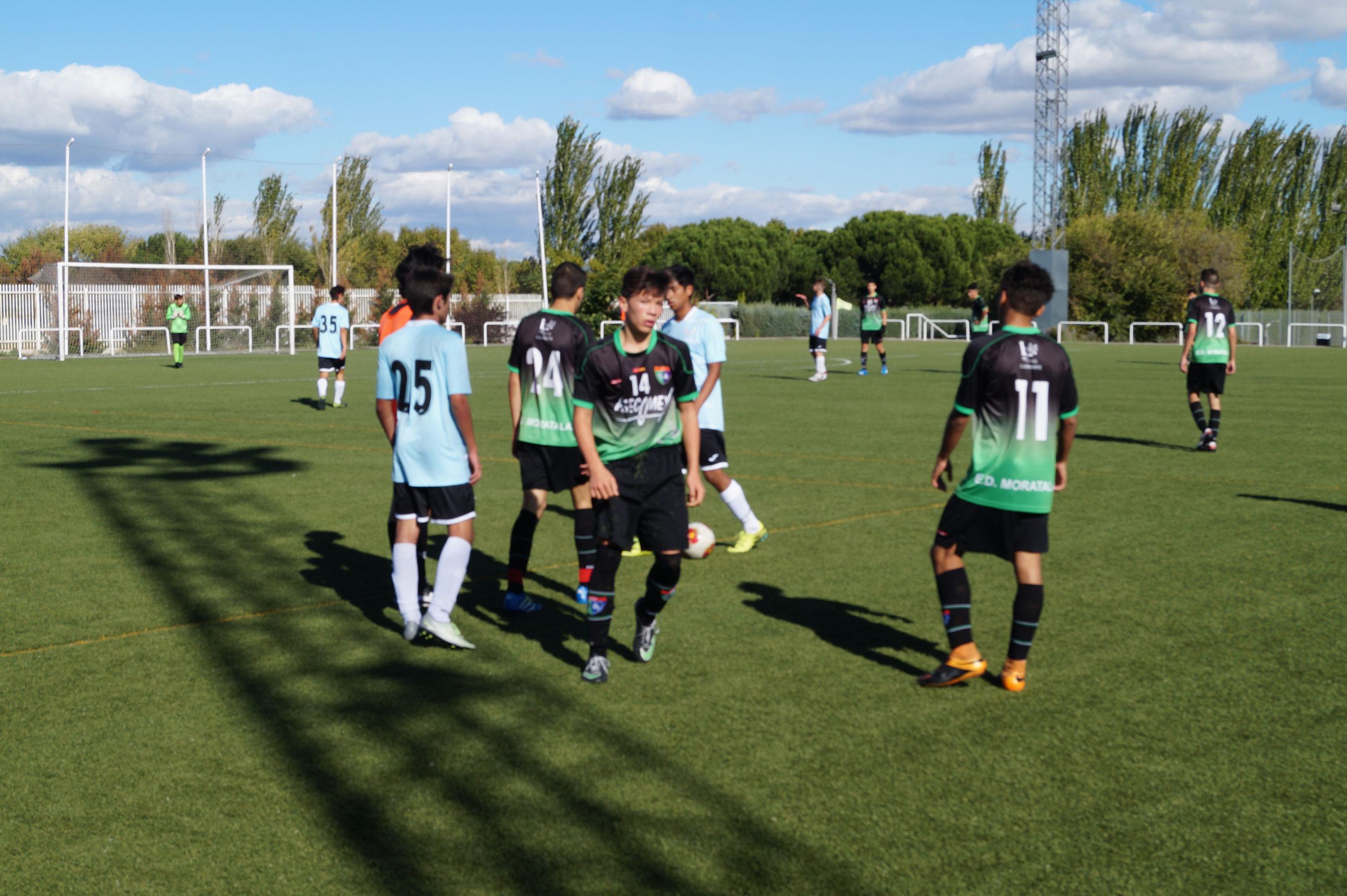 Crónica y fotos del partido La Academia 2m12 1 – 7 Juvenil D
