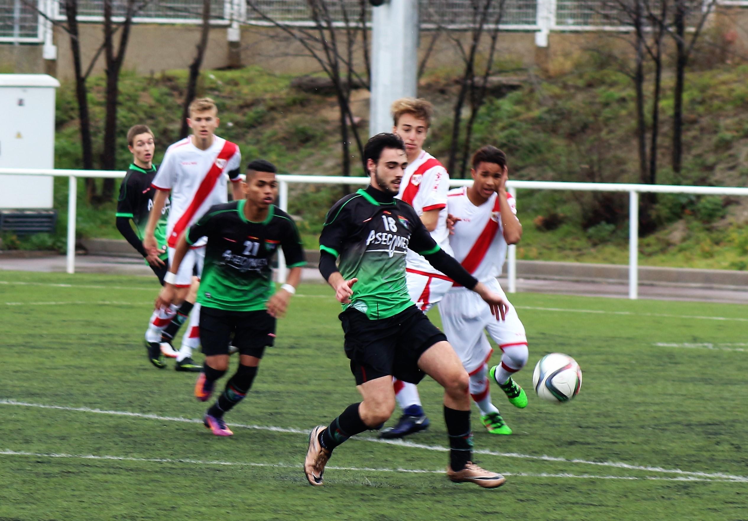 Fotos del partido Rayo Vallecano C 3-2 Juvenil B
