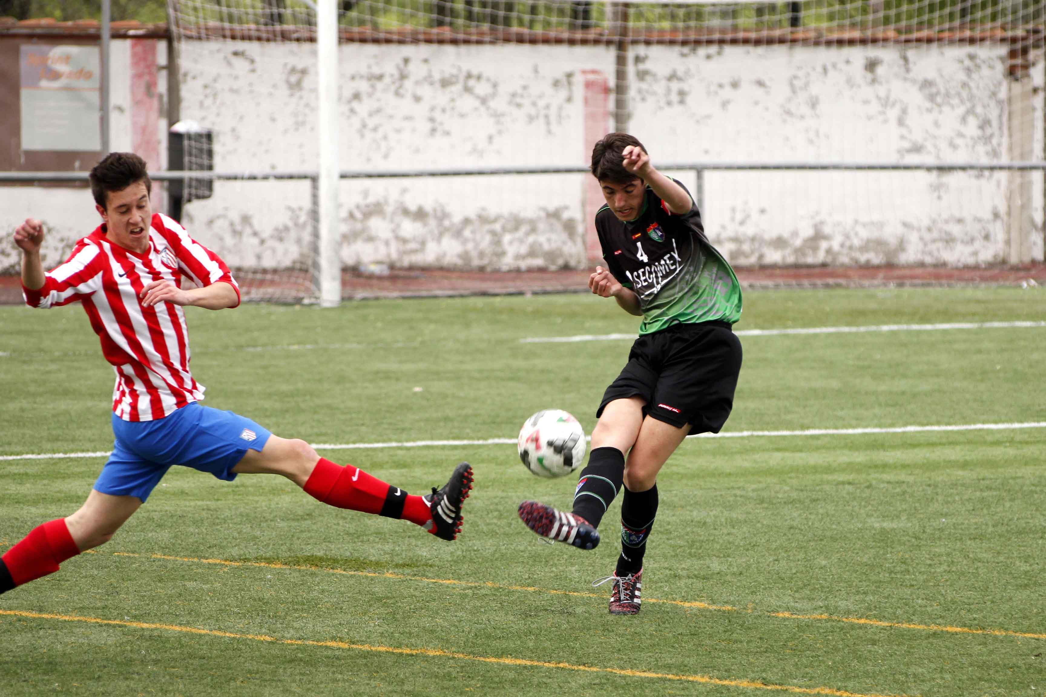 Fotos del partido de liga At Casarrubuelos A 2 – 1 EDM Cadete A