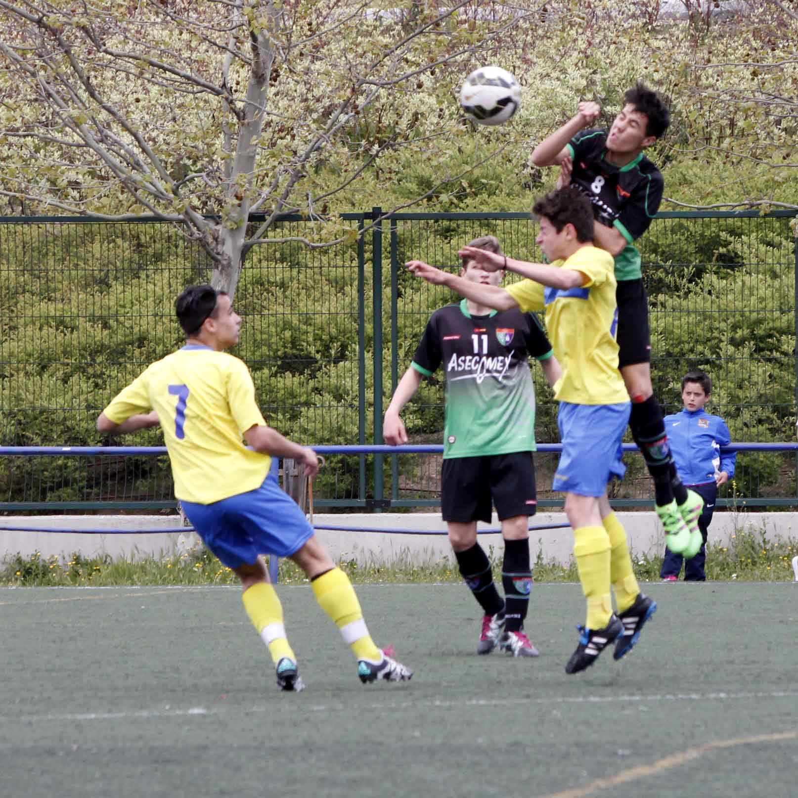 Fotos del partido de liga EDM Cadete A 0 – 1 AD Unión Carrascal A