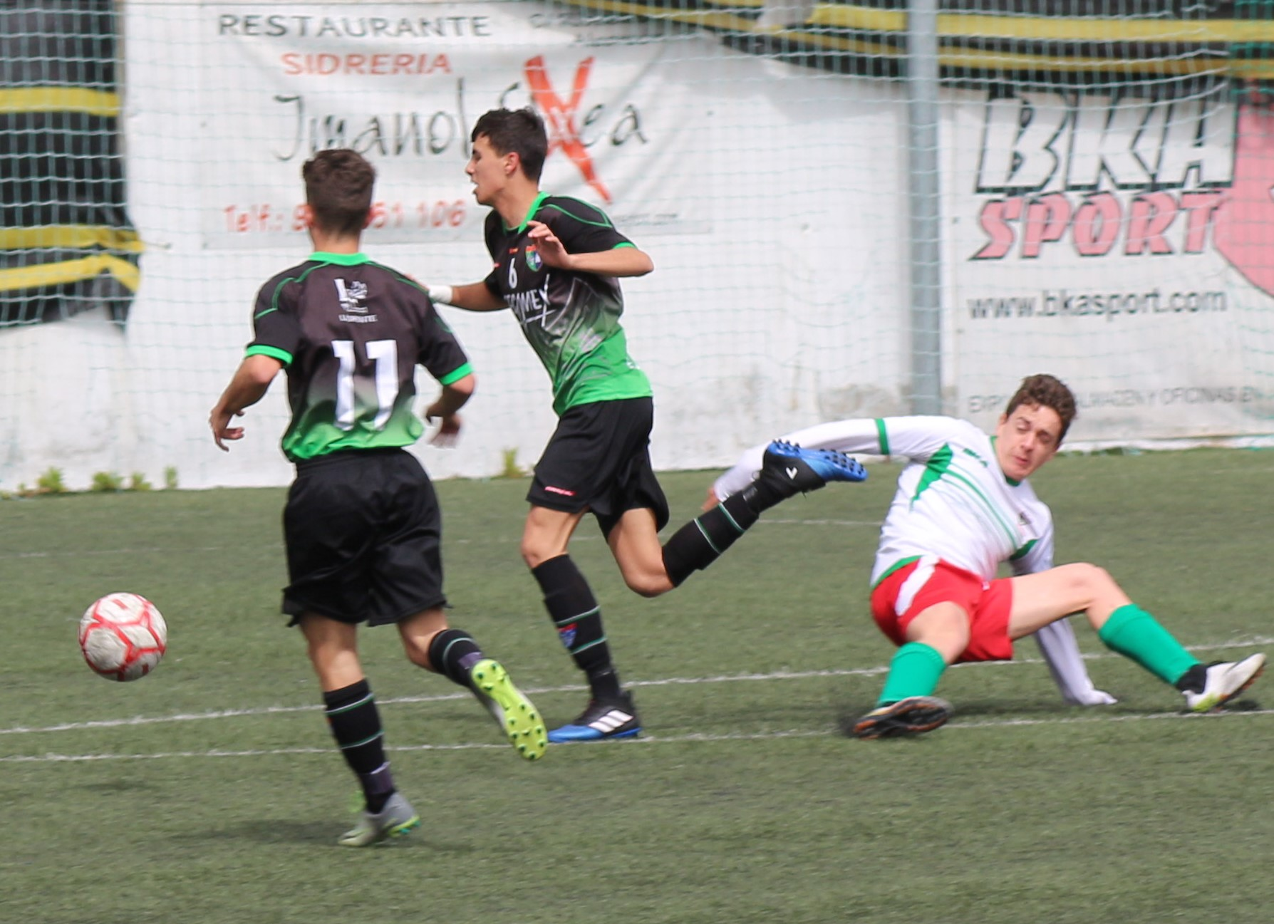 Fotos del partido CF Trival Valderas B 1-1 Juvenil B