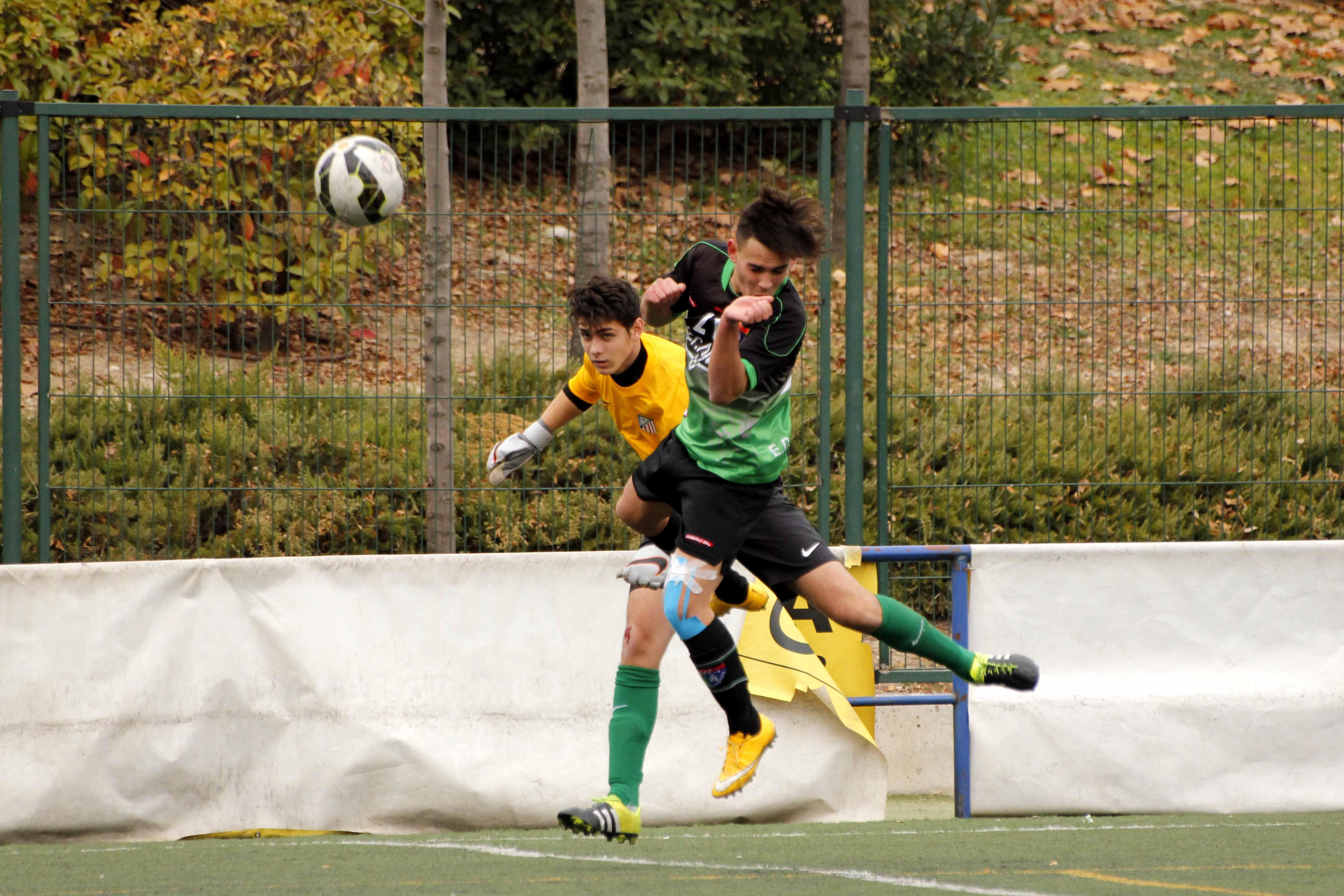 Fotos del partido de liga EDM Cadete A 2 – 0 Atlético Casarrubuelos A