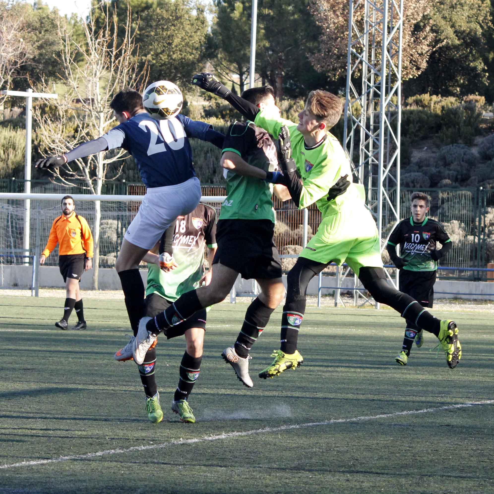 Fotos del partido de liga EDM Cadete A 2 – 0 Alcobendas Levitt B