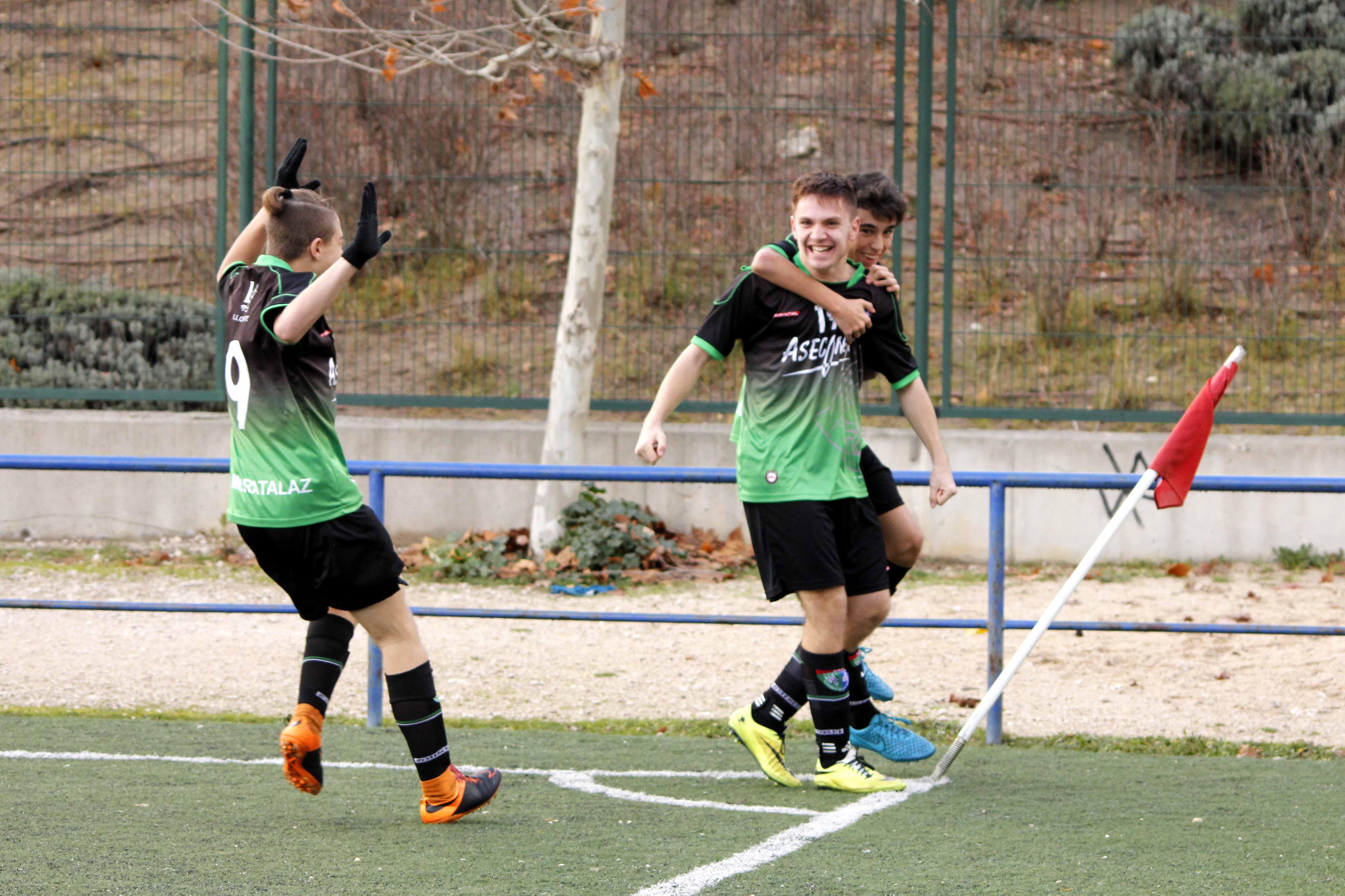 Fotos del partido de liga EDM Cadete A 3 – 2 Atlético Madrileño B