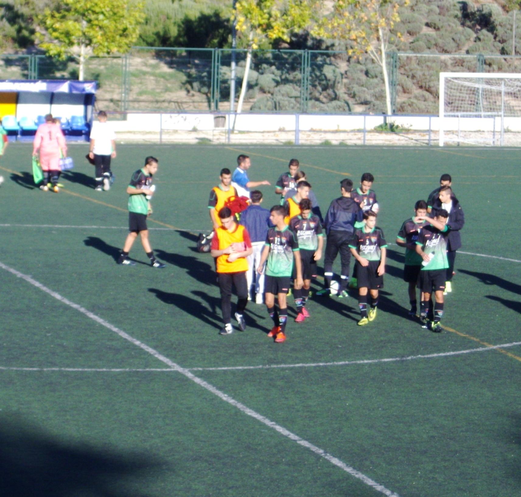 Crónica y fotos del partido de liga EDM Juvenil D 1 – 0 CD Bracamonte A