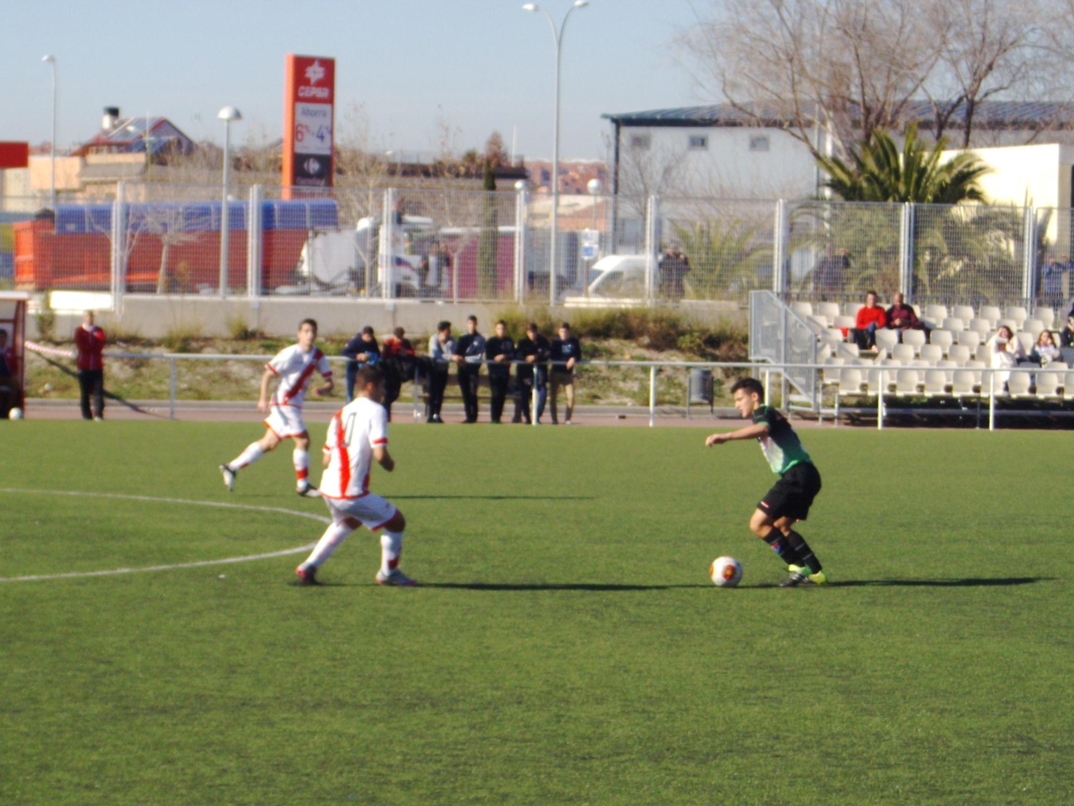 Crónica y fotos del partido de liga F Rayo Vallecano A 0 – 1 EDM Juvenil D