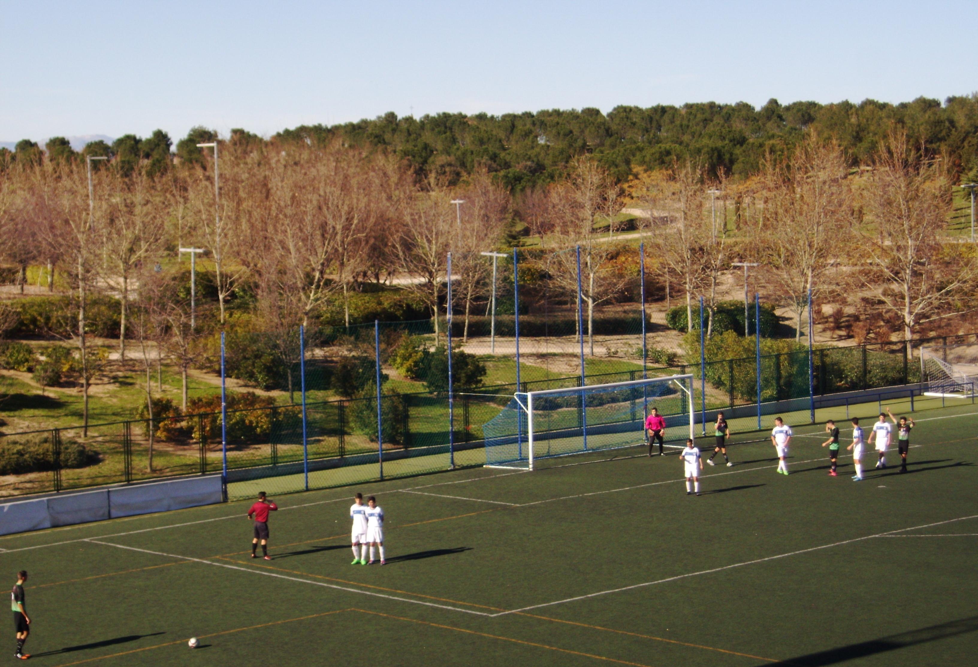 Crónica y fotos del partido de liga EDM Juvenil D 2 – 0 Juventud Madrid