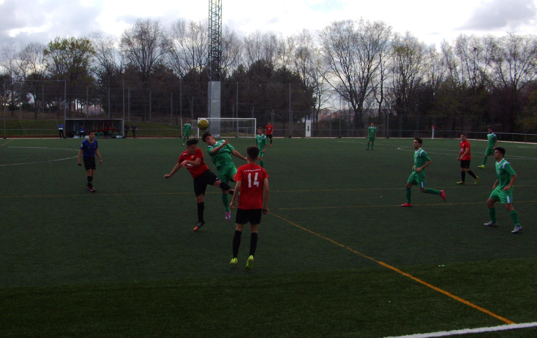 Crónica y fotos del partido de liga CD Bracamonte A 4 -1 EDM Juvenil D