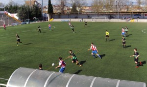 Foto del partido de liga Colonia Moscardó - EDM Juvenil D
