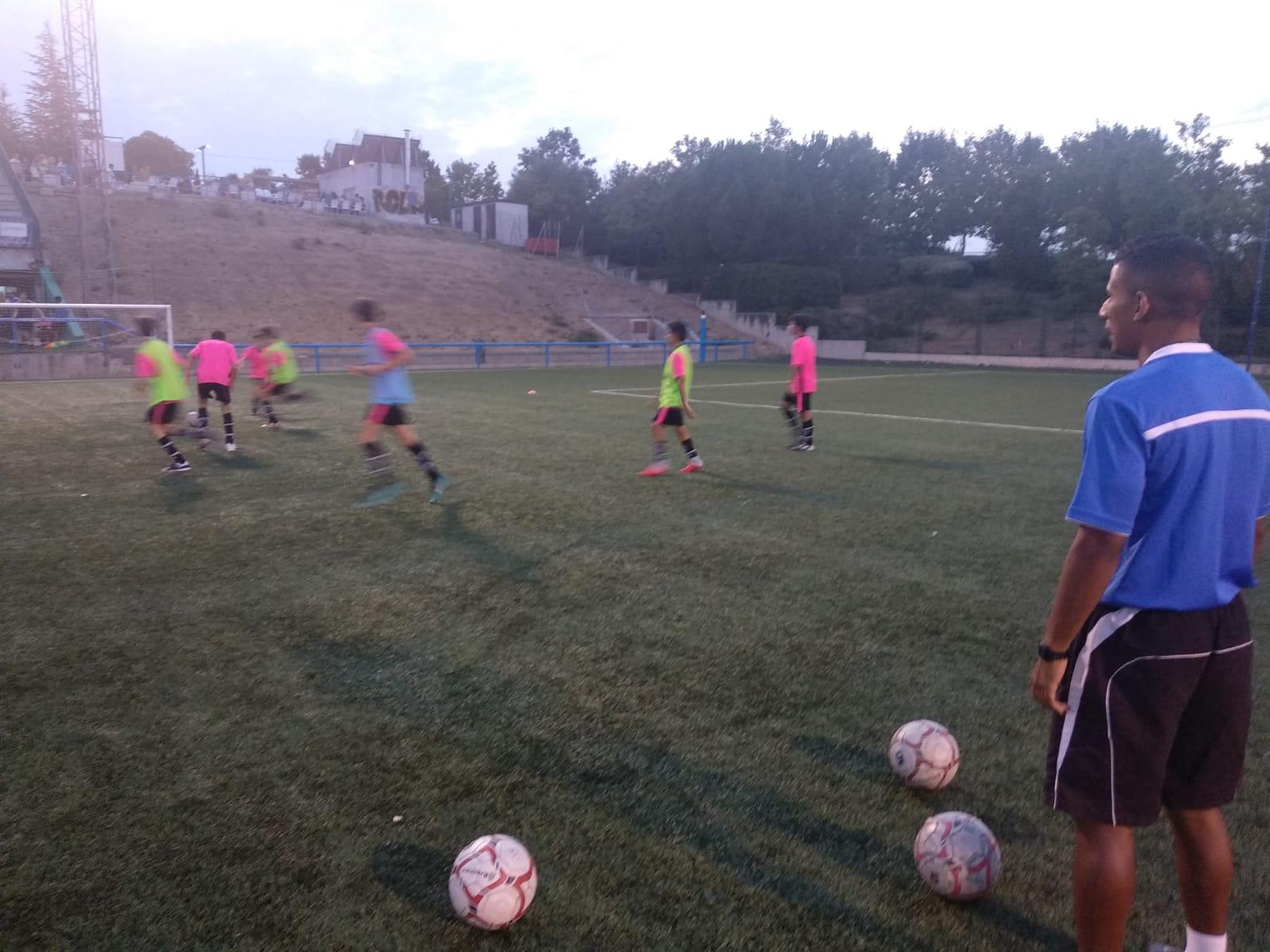 ¡Más equipos de la Escuela comienzan los entrenamientos!
