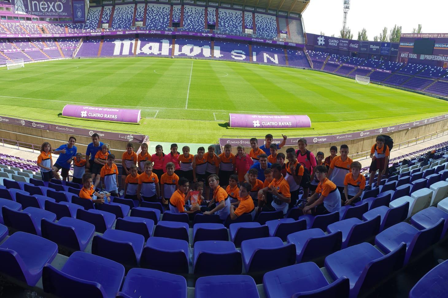 Benjamín A, Alevín B y Infantil E visitaron Valladolid
