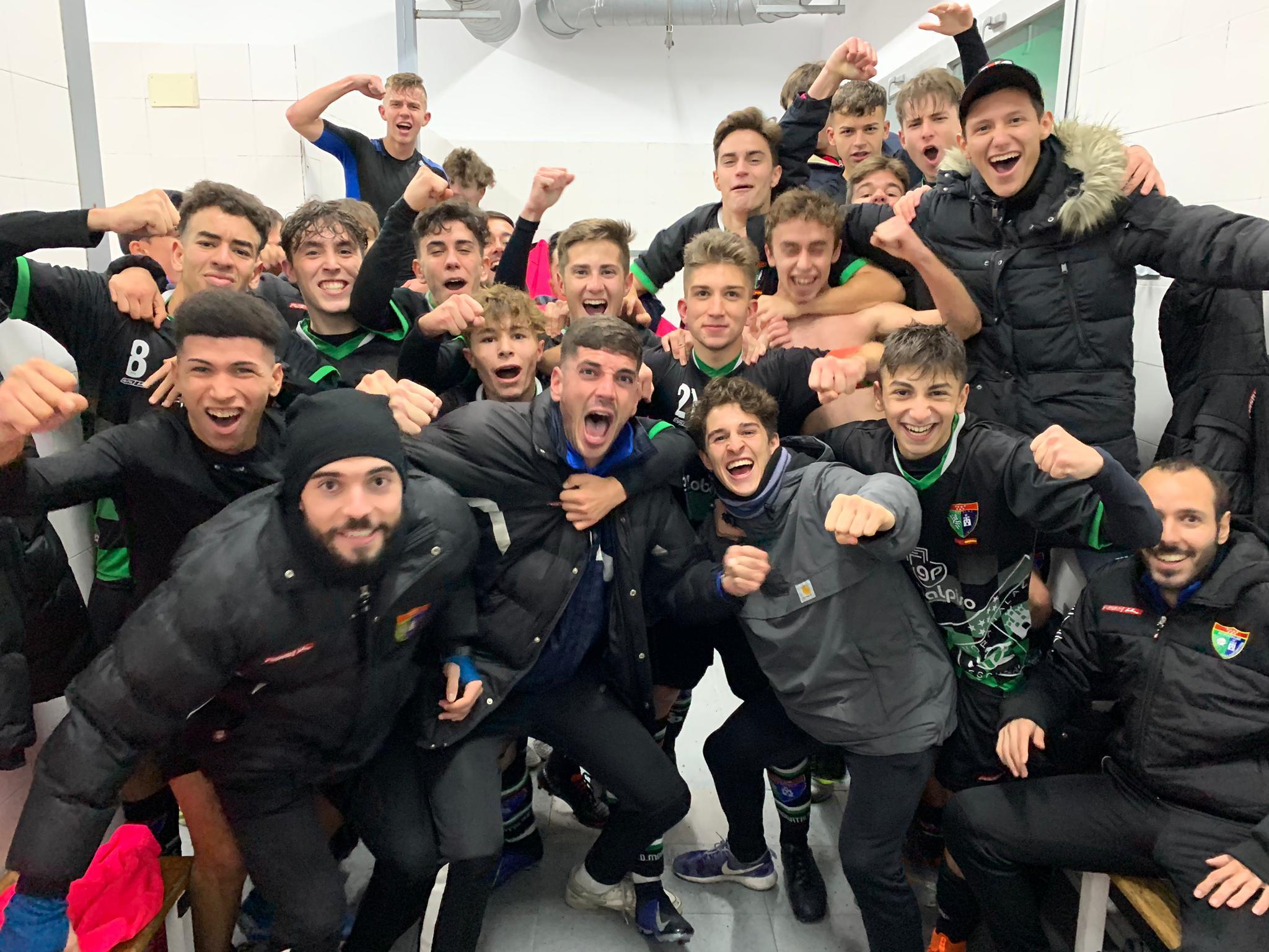 ¡Gran victoria del Juvenil A!