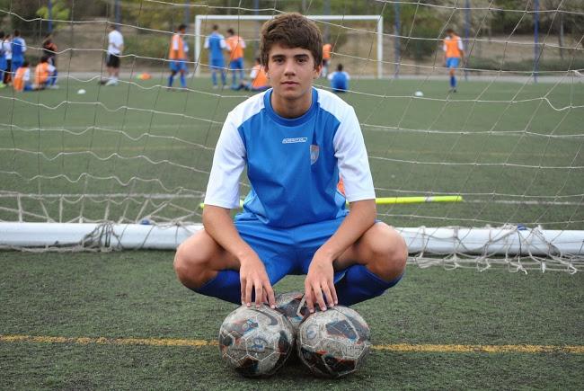 """Emilio Butragueño: """"El fútbol me gusta desde pequeño; hasta que tuve diez años no supe que mi padre era famoso"""""""