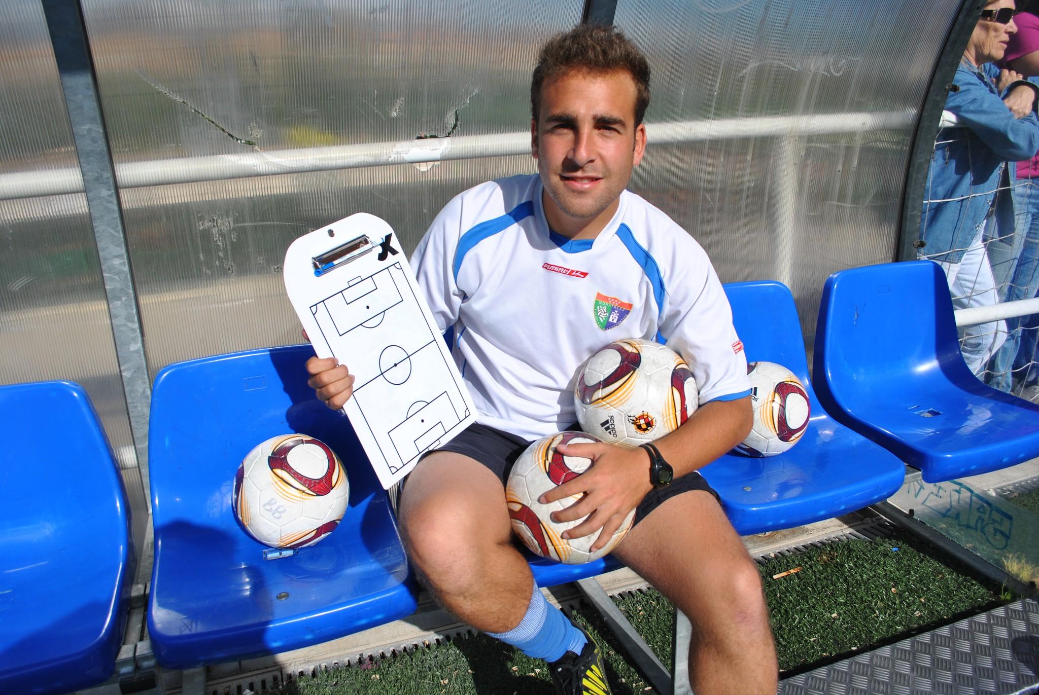 Dani Aparicio deja la Escuela para irse a entrenar a Inglaterra
